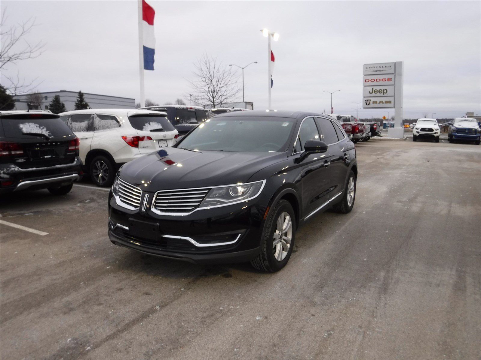 Pre Owned 2016 Lincoln MKX Premiere SUV in A
